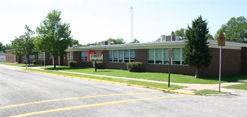 2006 Image of Carterville Elementary School